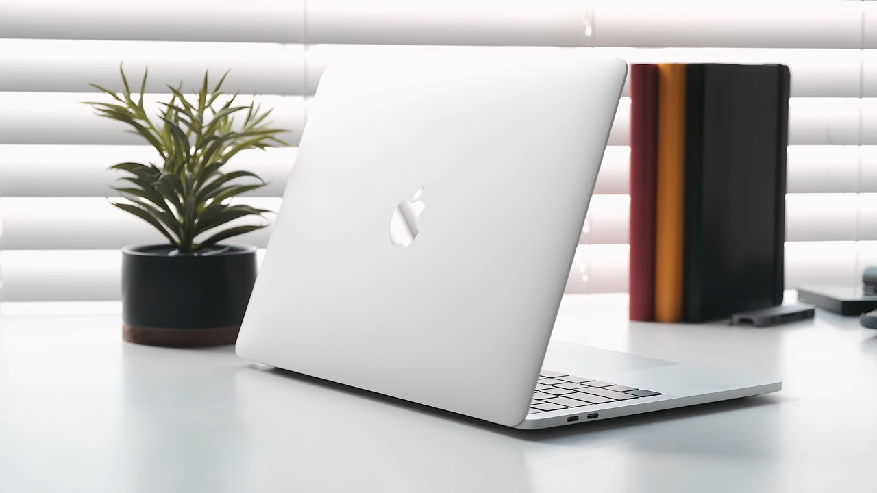 "MacBook Pro 13"" 2019 Dealelectronics Ecuador"